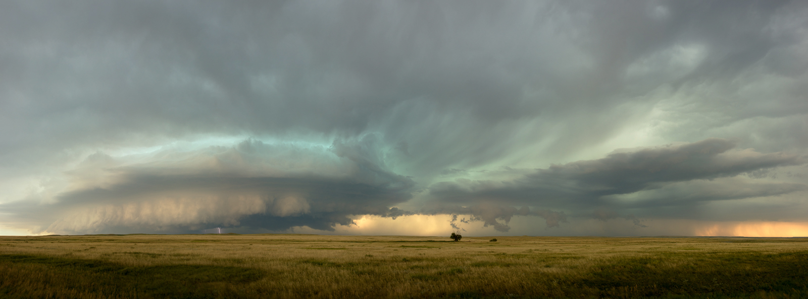 Panoramic, landscape, sunset, storm, clouds, lightning, plains, South Dakota, grassland, panoramique, photographie, orage, plaines, photo